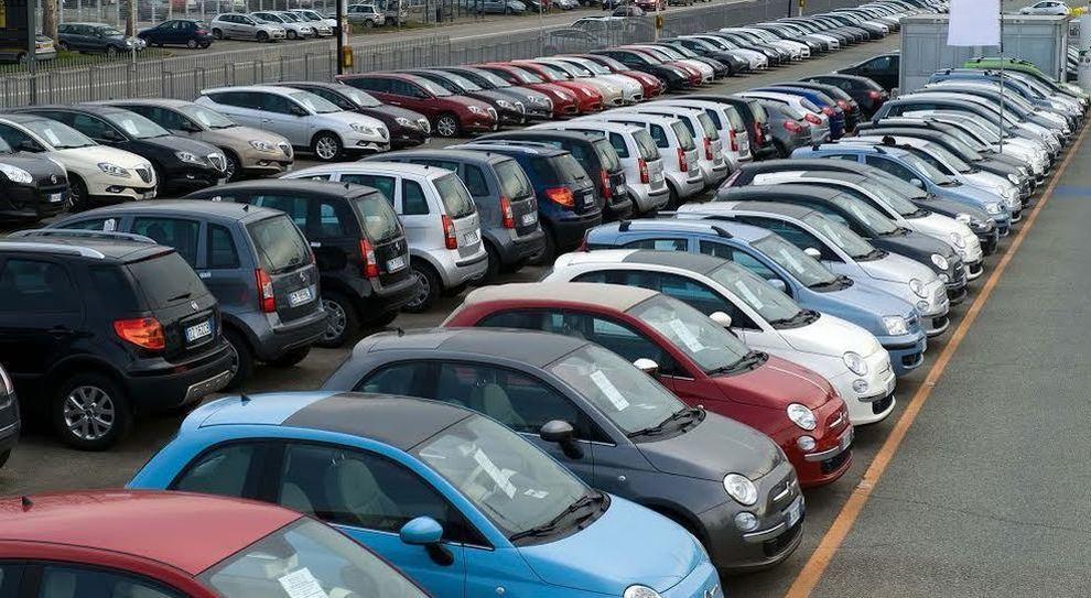 Auto: a marzo immatricolazioni -9,61%