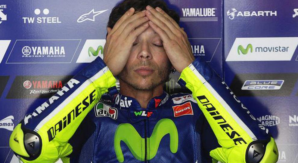 MotoGP | Sospetta frattura di tibia e perone per Valentino Rossi