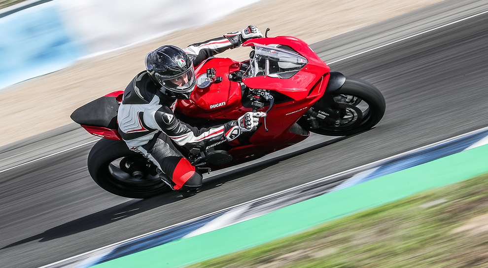 Ducati Panigale V2 - Press Test a Jerez