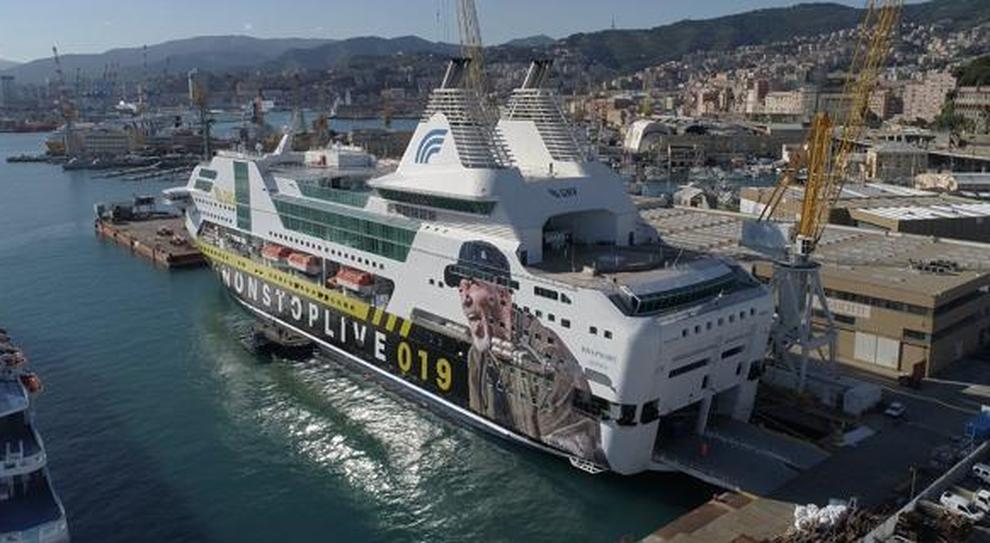 Vasco, una nave personalizzata per il tour Non Stop Live 019